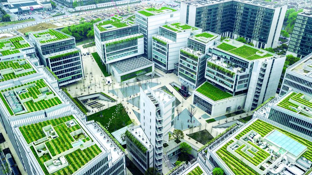 In Cina il salotto urbano OōEli di Renzo Piano, tra padiglioni ibridi e giochi d'acqua